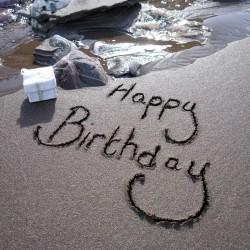 Postcard Sand - Happy Birthday