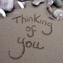 Ansichtkaart Sand - Thinking of you