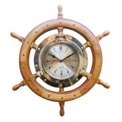 Uhr im Bullauge auf Steuerrad - 620 mm
