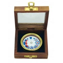 Kompass mit Fahnen Messing in Holzkiste mit Glasdeckel 8,5 x 8,5 x 3,5 cm