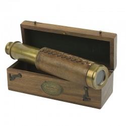 Telescoop in houten kist