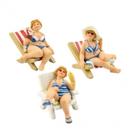 Beach women on deck chair (3 assorted)