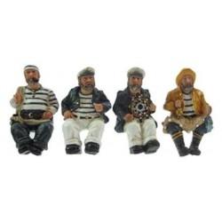 Seemann sitzend (4 verschiedene)