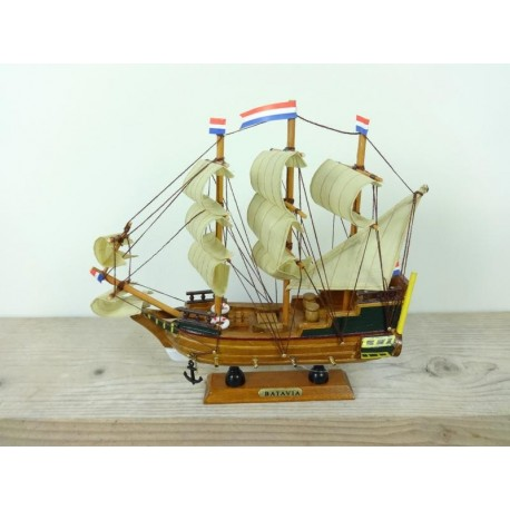 Tallship Batavia - 24 cm
